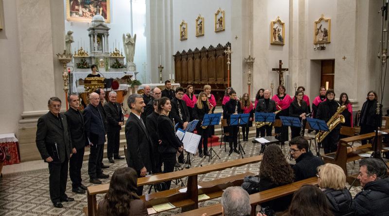 Filarmonica e Gruppo Polifonico Harmoniae di nuovo insieme